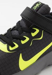Nike Sportswear - EXPLORE STRADA - Trainers - black/volt/gunsmoke - 2