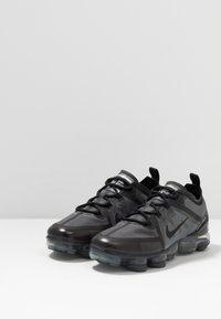Nike Sportswear - AIR VAPORMAX 2019 - Sneakers laag - black - 3
