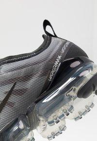 Nike Sportswear - AIR VAPORMAX 2019 - Sneakers laag - black - 2