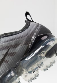 Nike Sportswear - AIR VAPORMAX 2019 - Sneakers basse - black - 2