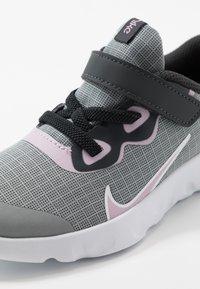 Nike Sportswear - NIKE EXPLORE STRADA BTV - Sneakers laag - off noir/iced lilac/smoke grey/white - 2