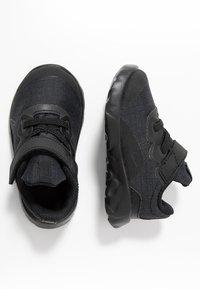 Nike Sportswear - EXPLORE STRADA - Baskets basses - black - 0