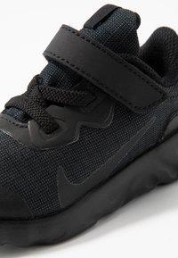 Nike Sportswear - EXPLORE STRADA - Baskets basses - black - 2