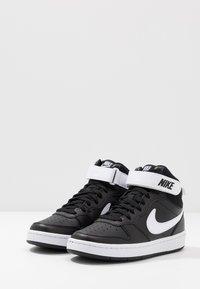 Nike Sportswear - COURT BOROUGH MID - Sneakers alte - black/white - 3