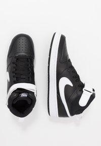 Nike Sportswear - COURT BOROUGH MID - Sneakers alte - black/white - 0