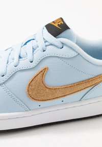 Nike Sportswear - COURT BOROUGH  - Sneakers - celestine blue/gold/black/white - 2
