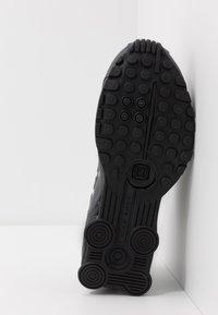 Nike Sportswear - SHOX R4 BG - Zapatillas - enigma - 5