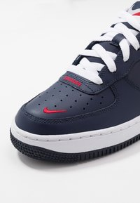 Nike Sportswear - AIR FORCE 1 - Baskets basses - obsidian/white/university red - 2