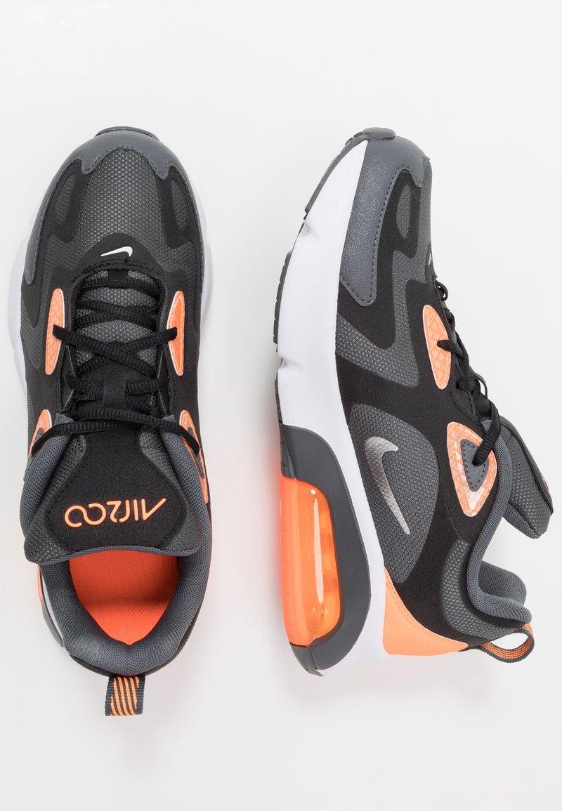Nike Sportswear - AIR MAX 200 WTR - Sneakers laag - dark grey/metallic silver/black/total orange
