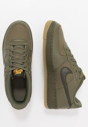 AIR FORCE 1 LV8 5  - Matalavartiset tennarit - medium olive/sequoia/university gold/white/medium brown
