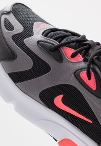 Nike Sportswear - NIKE AIR MAX 200  - Sneakers - black/hot punch/gunsmoke/white - 2