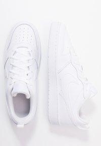 Nike Sportswear - COURT BOROUGH - Tenisky - white - 0