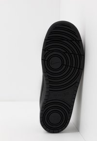 Nike Sportswear - COURT BOROUGH - Tenisky - black - 4