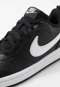Nike Sportswear - COURT BOROUGH - Trainers - black/white - 2