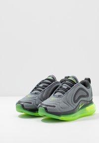 Nike Sportswear - AIR MAX 720 - Sneakers basse - anthracite/electric green/smoke grey - 3
