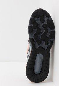Nike Sportswear - AIR MAX 270 REACT WINTER - Sneakers basse - black/total orange/wolf grey/dark grey - 5