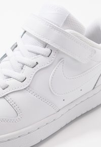 Nike Sportswear - COURT BOROUGH  - Sneakers basse - white