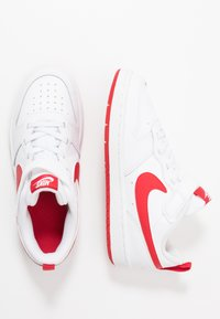 Nike Sportswear - COURT BOROUGH  - Baskets basses - white/university red - 0