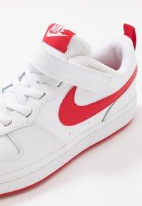 Nike Sportswear - COURT BOROUGH  - Baskets basses - white/university red - 2