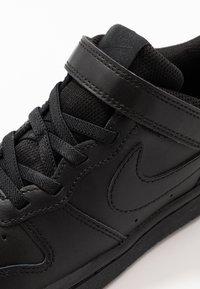 Nike Sportswear - COURT BOROUGH  - Tenisky - black - 2