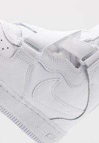 Nike Sportswear - FORCE 1 HIGHNESS - Sneakers hoog - white - 2