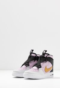 Nike Sportswear - FORCE 1 HIGHNESS - Zapatillas altas - iced lilac/barely grape - 3