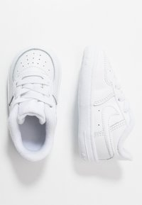 Nike Sportswear - FORCE 1 CRIB - Baby shoes - white - 0