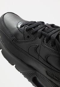 Nike Sportswear - AIR MAX 90 LTR - Trainers - black/white - 2
