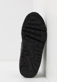 Nike Sportswear - AIR MAX 90 LTR - Trainers - black/white - 5