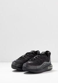 Nike Sportswear - MX-720-818 BG - Sneakers basse - black/metallic silver/anthracite - 3