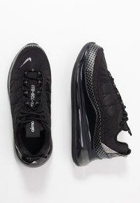 Nike Sportswear - MX-720-818 BG - Sneakers basse - black/metallic silver/anthracite - 0