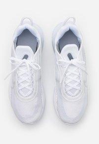 Nike Sportswear - AIR MAX 2090 UNISEX - Sneakers laag - white/black/wolf grey/pure platinum - 3
