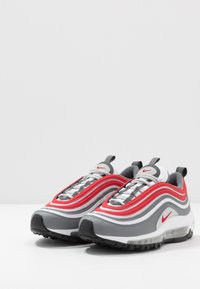 Nike Sportswear - AIR MAX 97 - Sneakersy niskie - smoke grey/university red/white/grey fog - 3