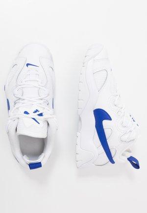 AIR BARRAGE - Zapatillas - white/hyper blue