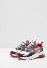 Nike Sportswear - AIR MAX 270  - Zapatillas - black/university red/iron grey/vast grey - 3