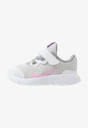 EXPLORE STRADA - Tenisky - white/pink/light smoke grey