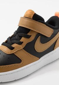 Nike Sportswear - COURT BOROUGH 2 - Sneakers laag - black - 2
