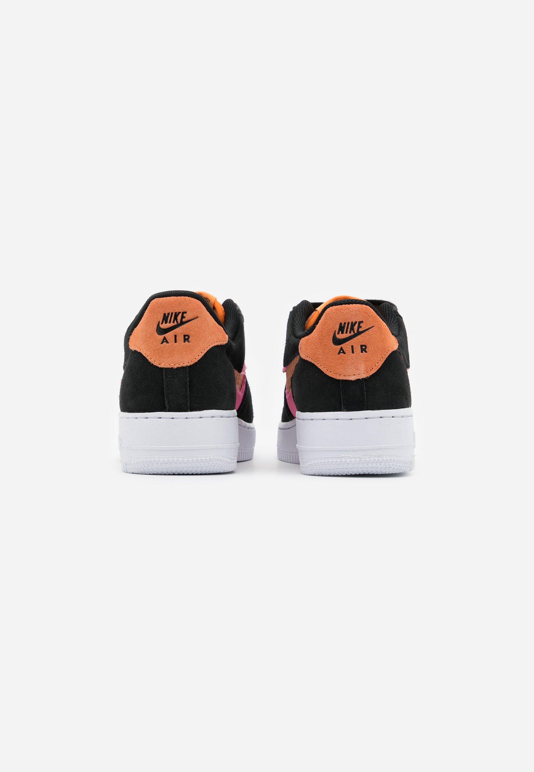 Niedrogi Najlepsza cena Nike Sportswear AIR FORCE LV8 FRESH AIR - Sneakersy niskie - black/orange trance/lotus pink/white   Dzieci Obuwie 2020 xTJkG