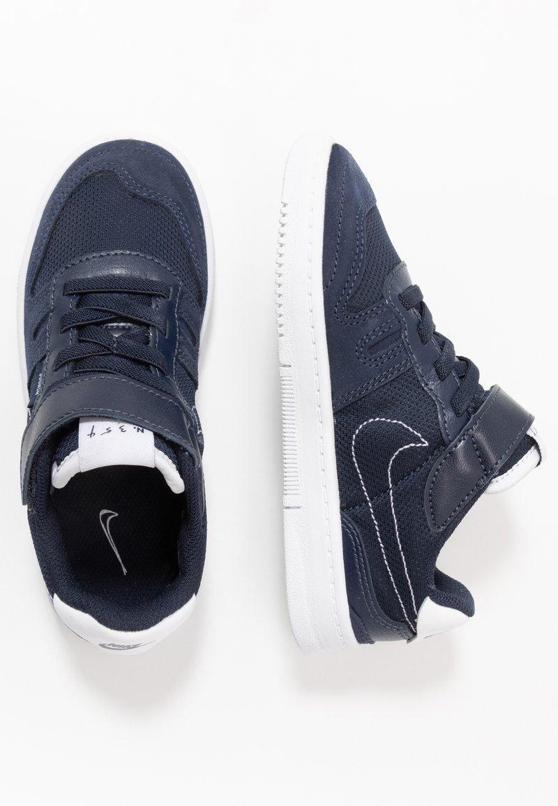 Nike Sportswear - SQUASH-TYPE - Sneakers basse - obsidian/midnight navy/white