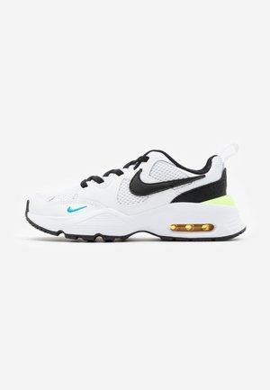 AIR MAX FUSION - Sneakers laag - white/black/oracle aqua/pollen rise
