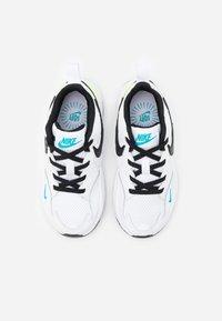 Nike Sportswear - AIR MAX FUSION - Sneakers laag - white/black/oracle aqua/pollen rise - 3