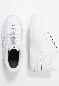 Nike Sportswear - FORCE 1 - Sneakers laag - white/black - 0