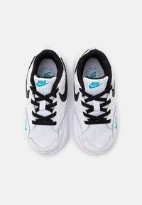 Nike Sportswear - AIR MAX FUSION UNISEX - Sneakers laag - white/black/oracle aqua/pollen rise - 3