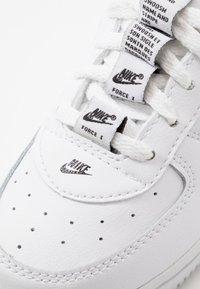 Nike Sportswear - FORCE 1  - Sneakers laag - white/black/white - 5