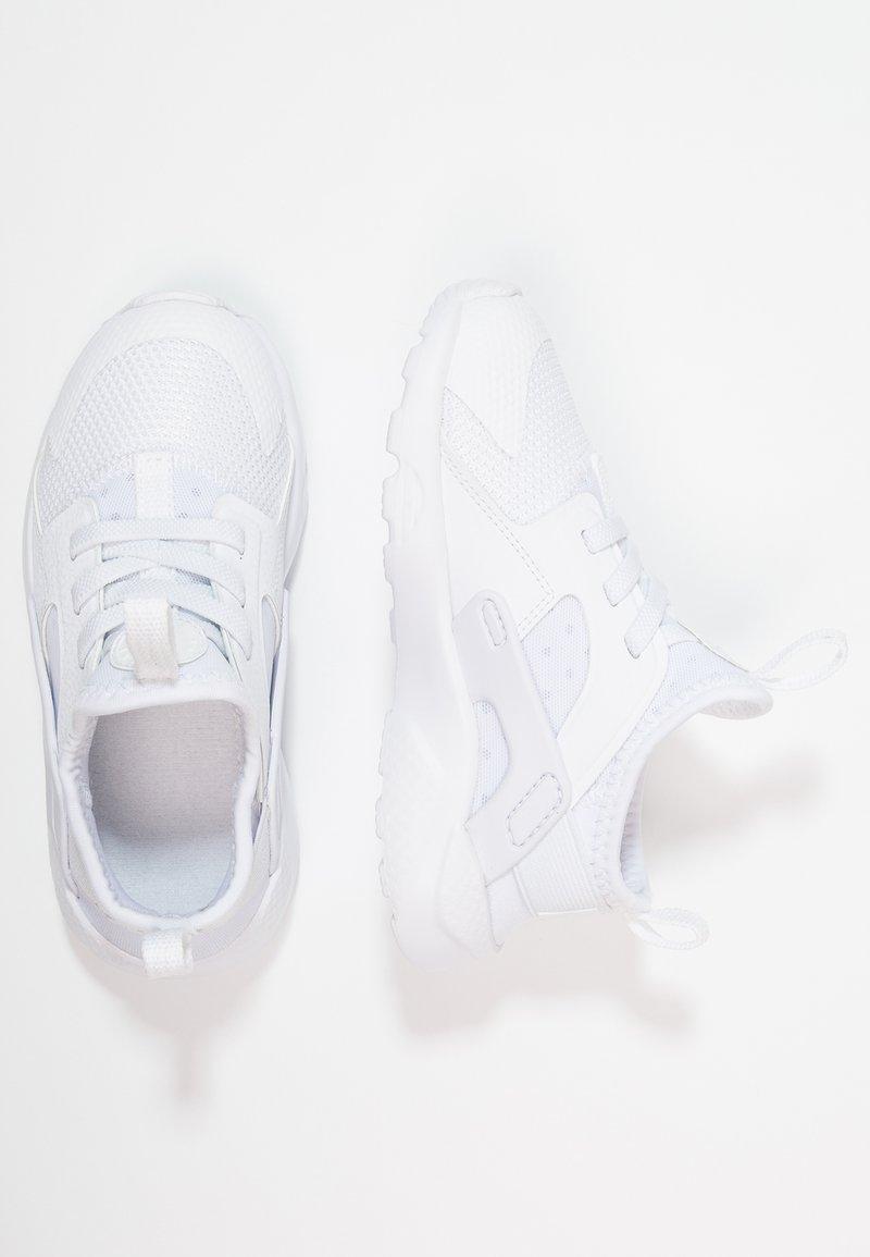 Nike Sportswear - HUARACHE RUN ULTRA  - Babyschoenen - white