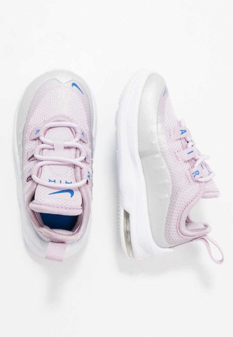 Nike Sportswear - AIR MAX AXIS - Mocasines - iced lilac/photon dust/soar