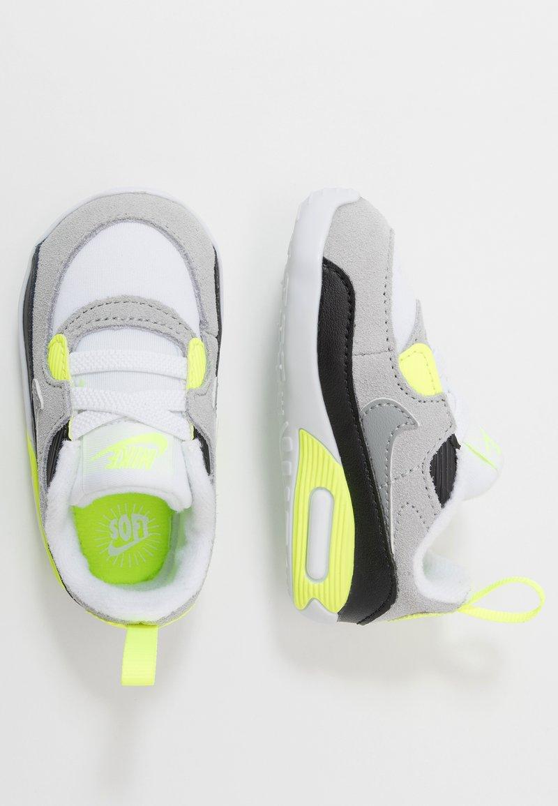 Nike Sportswear - MAX 90 CRIB - Chaussons pour bébé - white/particle grey/light smoke grey/volt/black