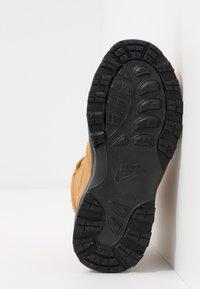 Nike Sportswear - MANOA '17 - Sneakers hoog - wheat/black - 5