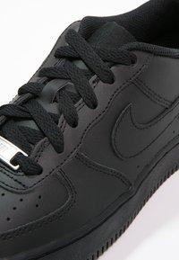Nike Sportswear - AIR FORCE 1 - Sneakers laag - schwarz - 5