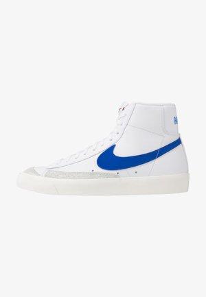 BLAZER MID '77 - Höga sneakers - white/racer blue/sail